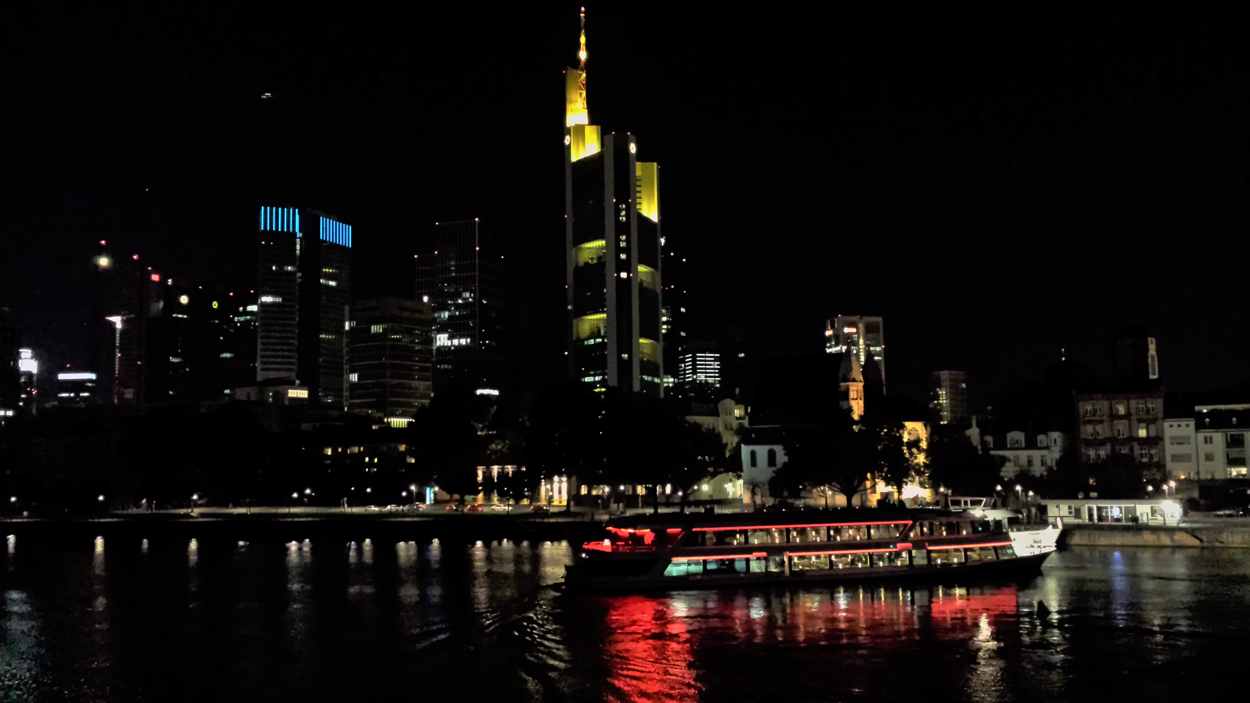 Frankfurt_Germany_Skyline_Night_Photography