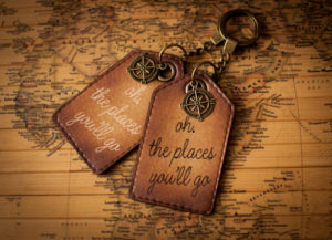 Christmas_Gifts_For_Travel_Lovers
