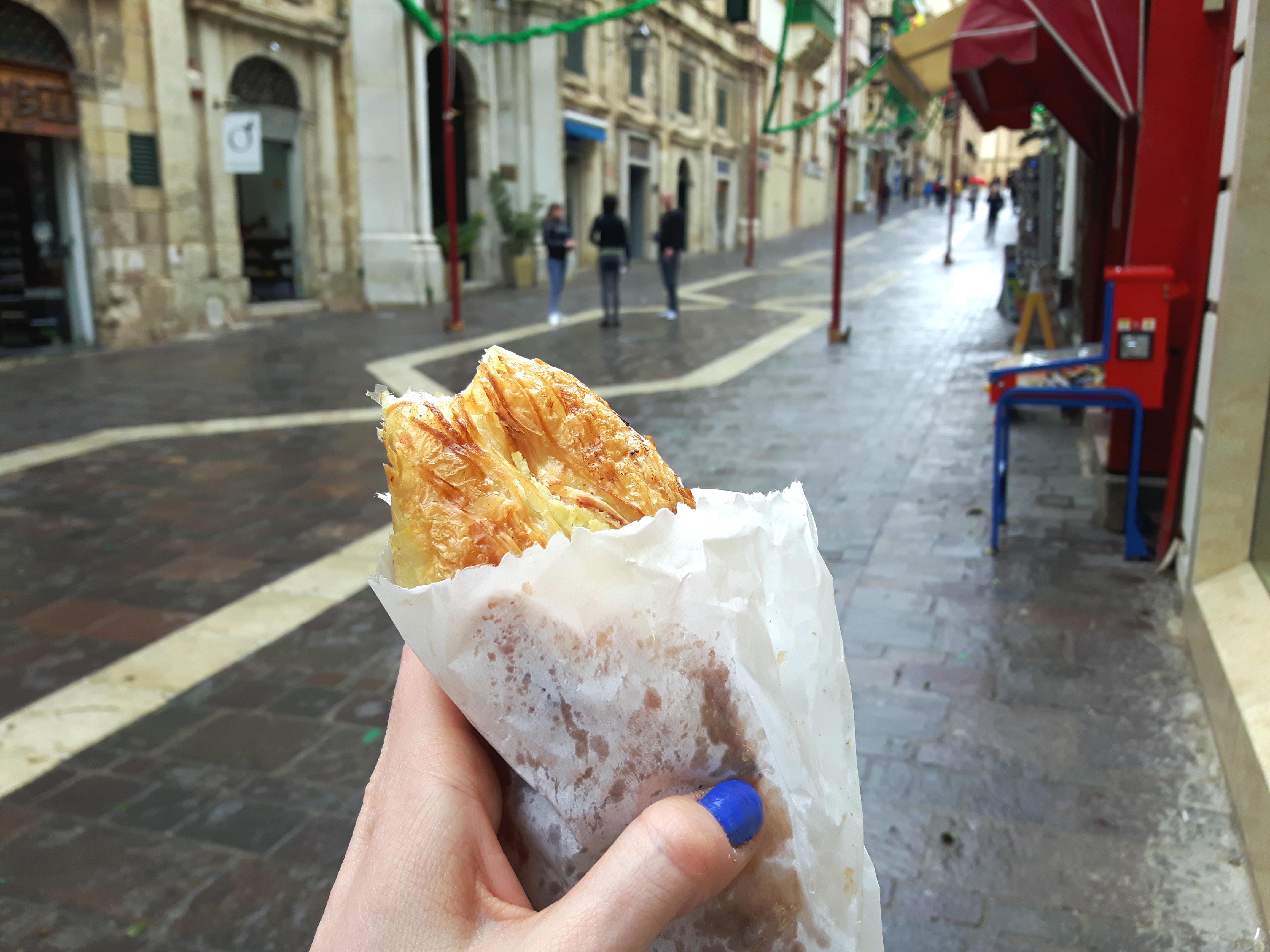 Pastizzi_Maltese_Food