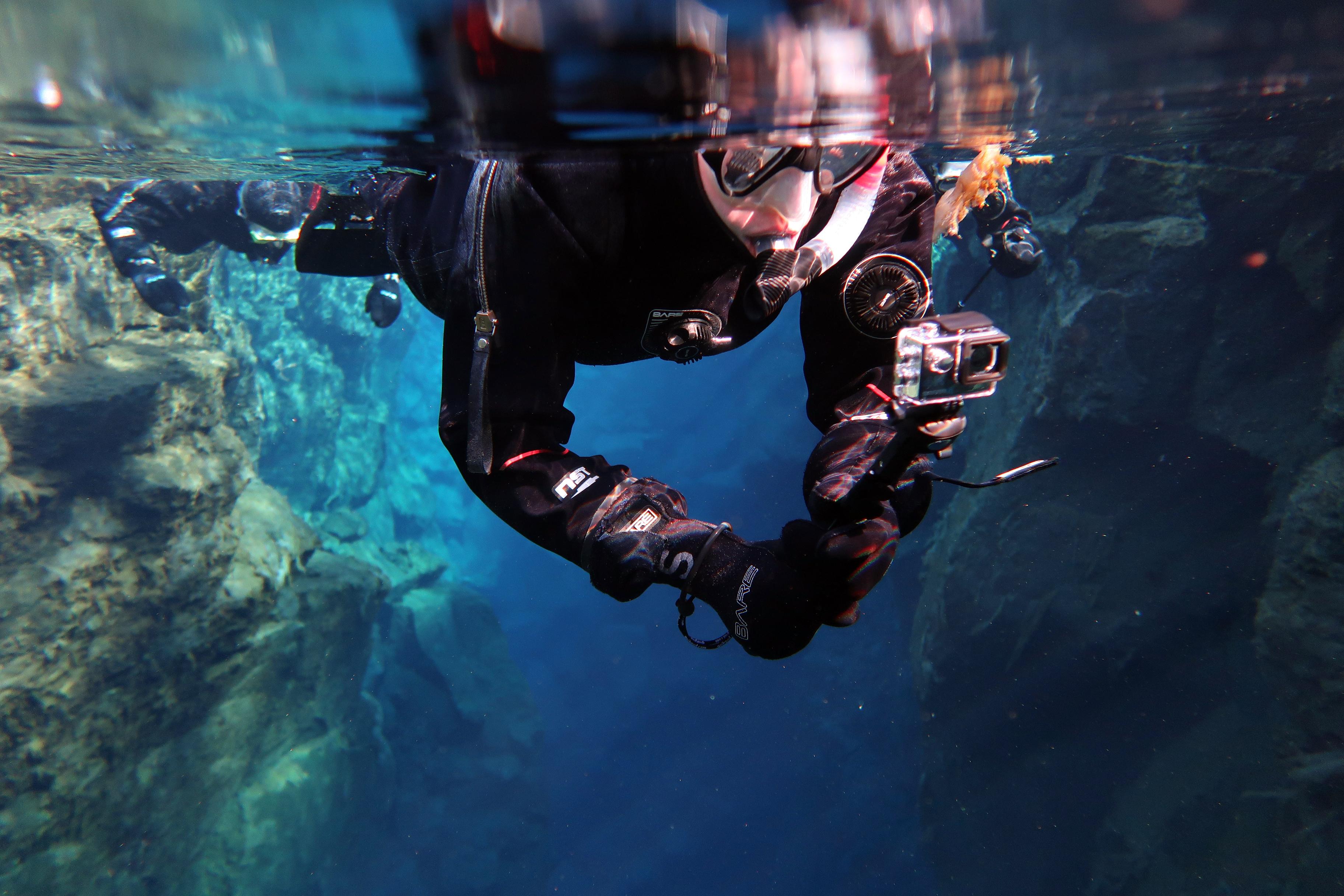 Snorkeling_Silfra_Fissure_Iceland