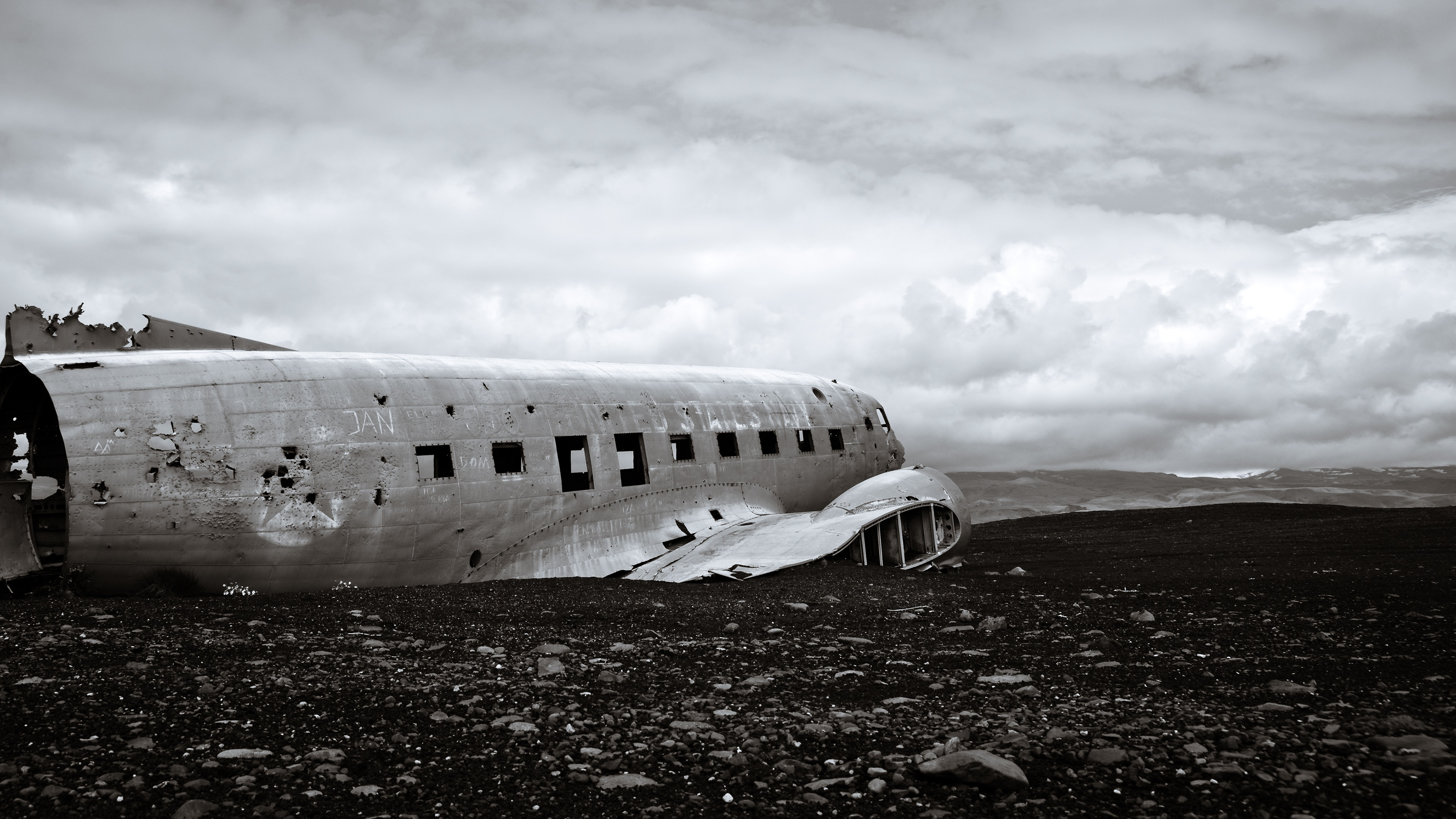 DC3_Plane_Wreckage_Iceland