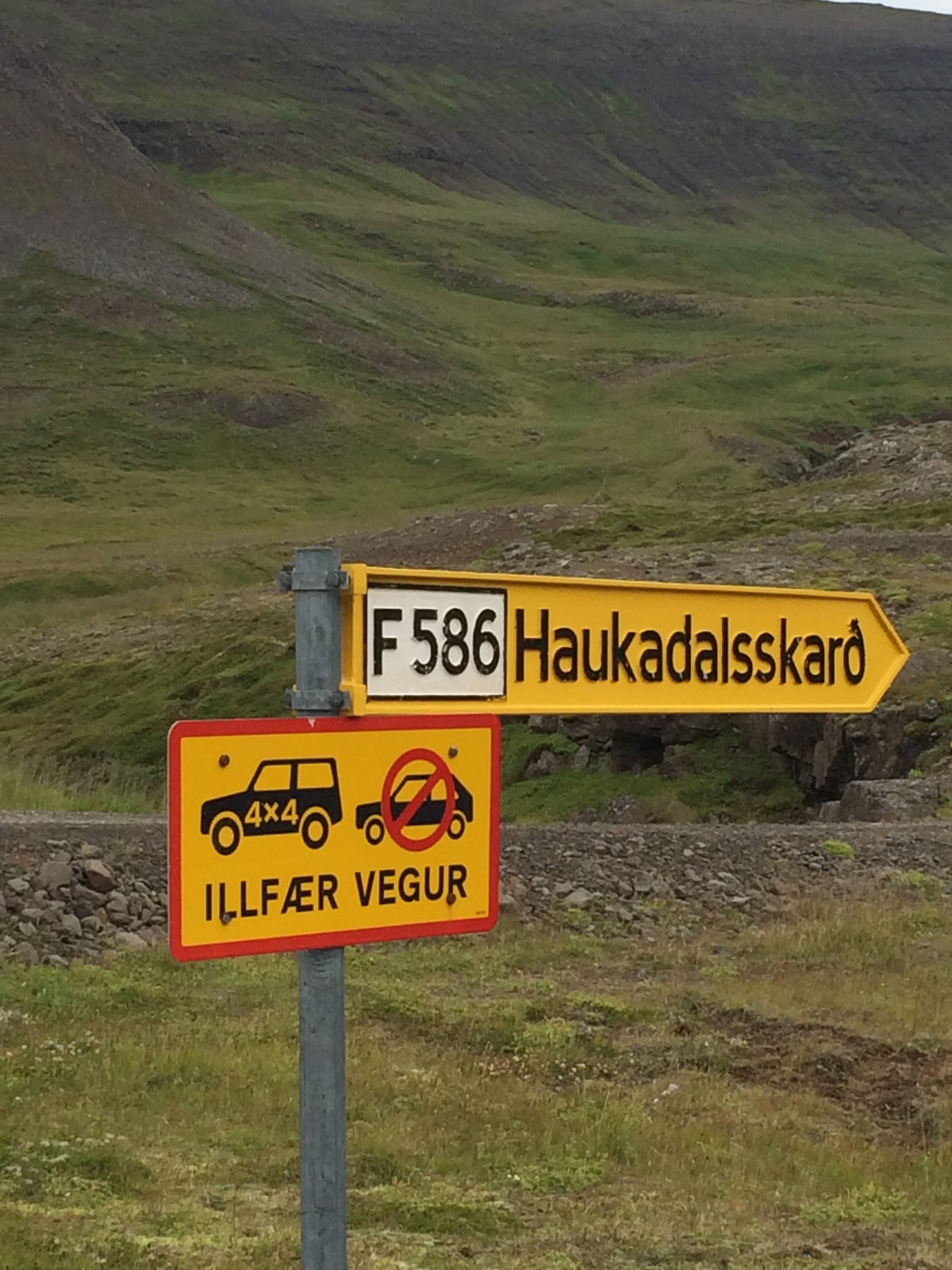 Helpful_Tips_for_Travelling_in_Iceland