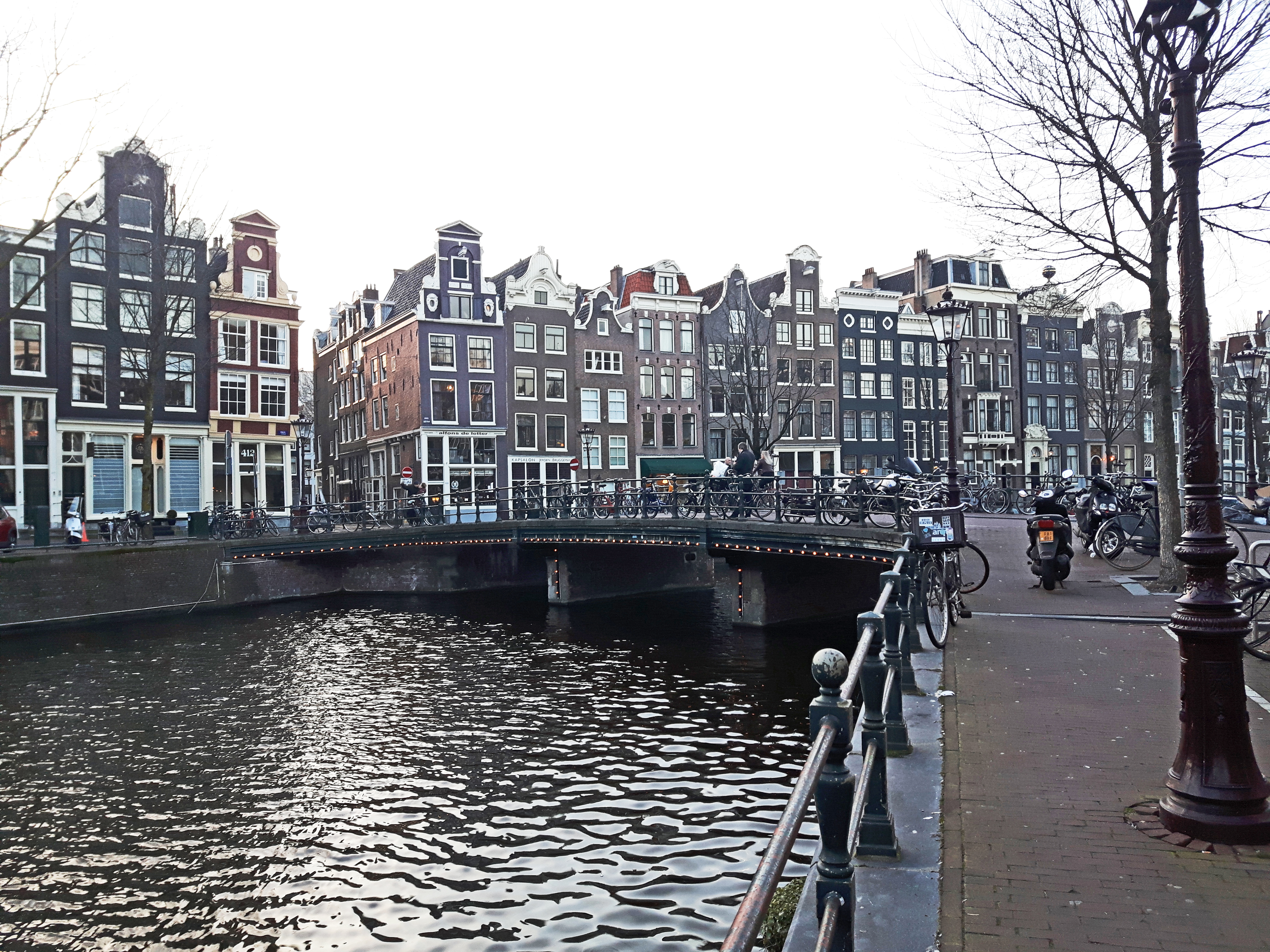 Amsterdam_Canals_Netherlands