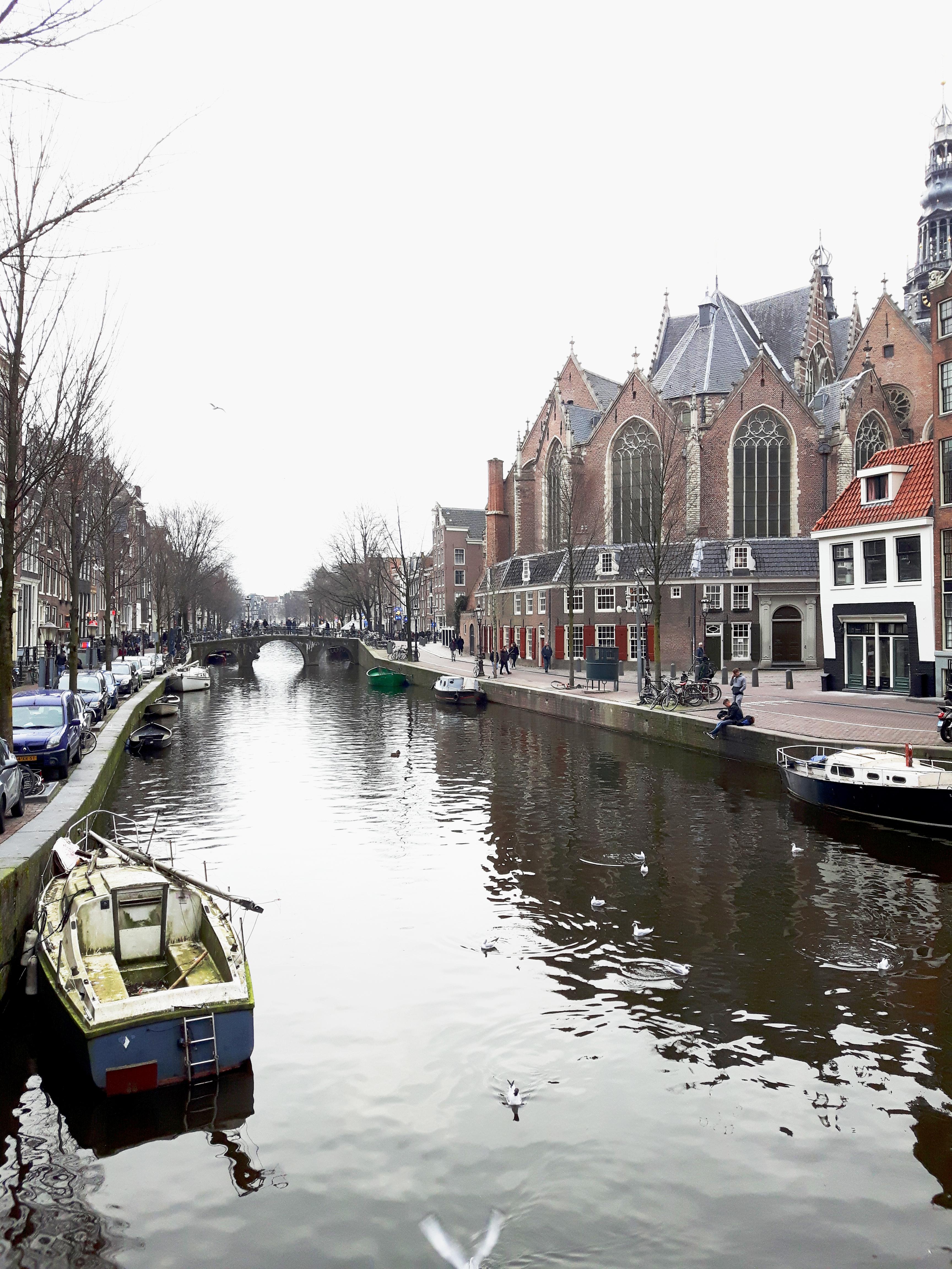 Oude_Kerk_Oude_Zijde_Amsterdam_Netherlands