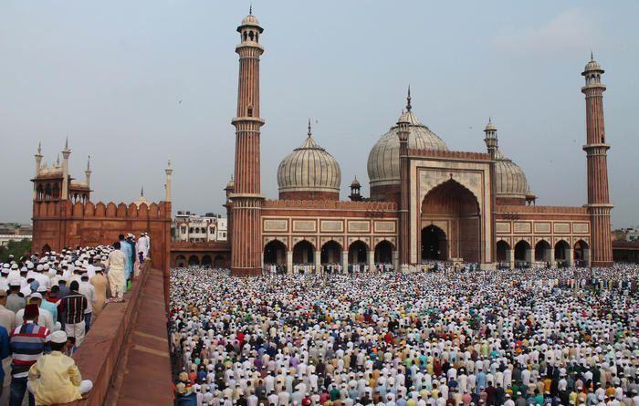 Eid-at-Delhi's-Jama-Masjid-