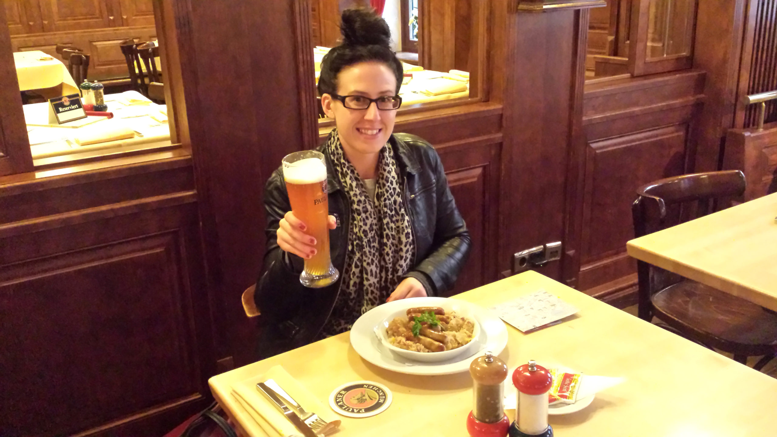 How To Meet People While Travelling Solo