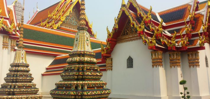Must Know Do's & Don'ts About Basic Etiquette While Visiting Thailand